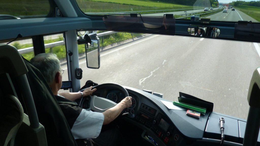 Dorfbus in Overath